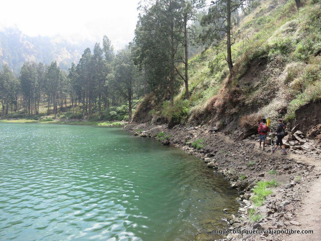 Lago en Rinjani