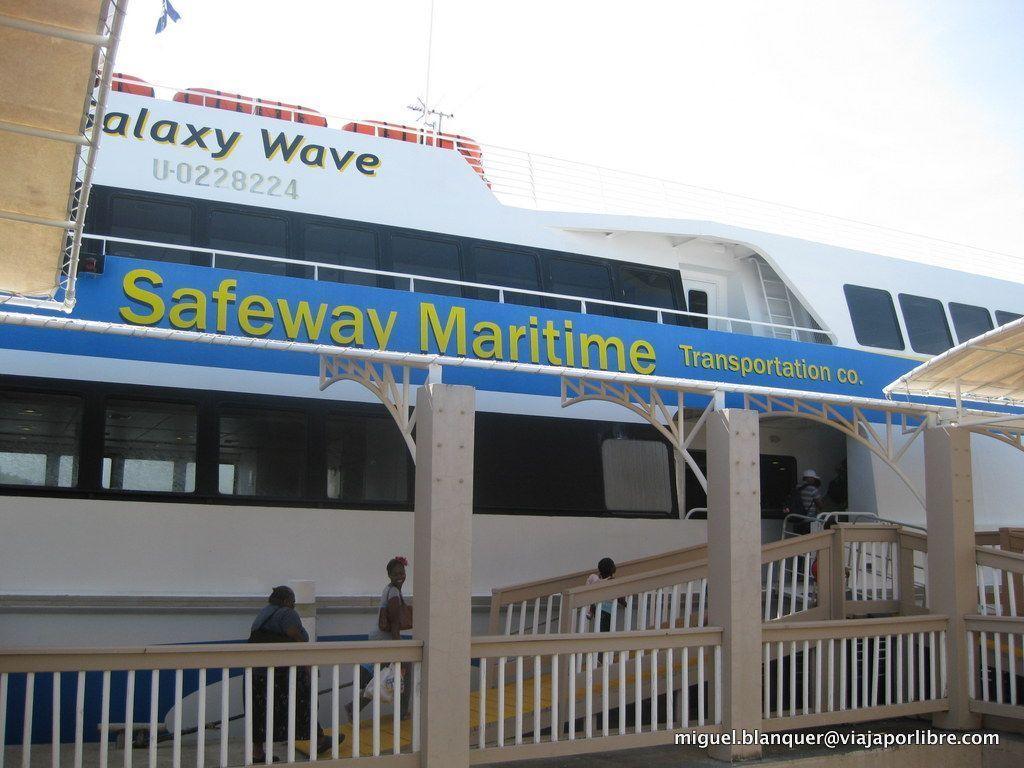 Ferry desde La Ceiba