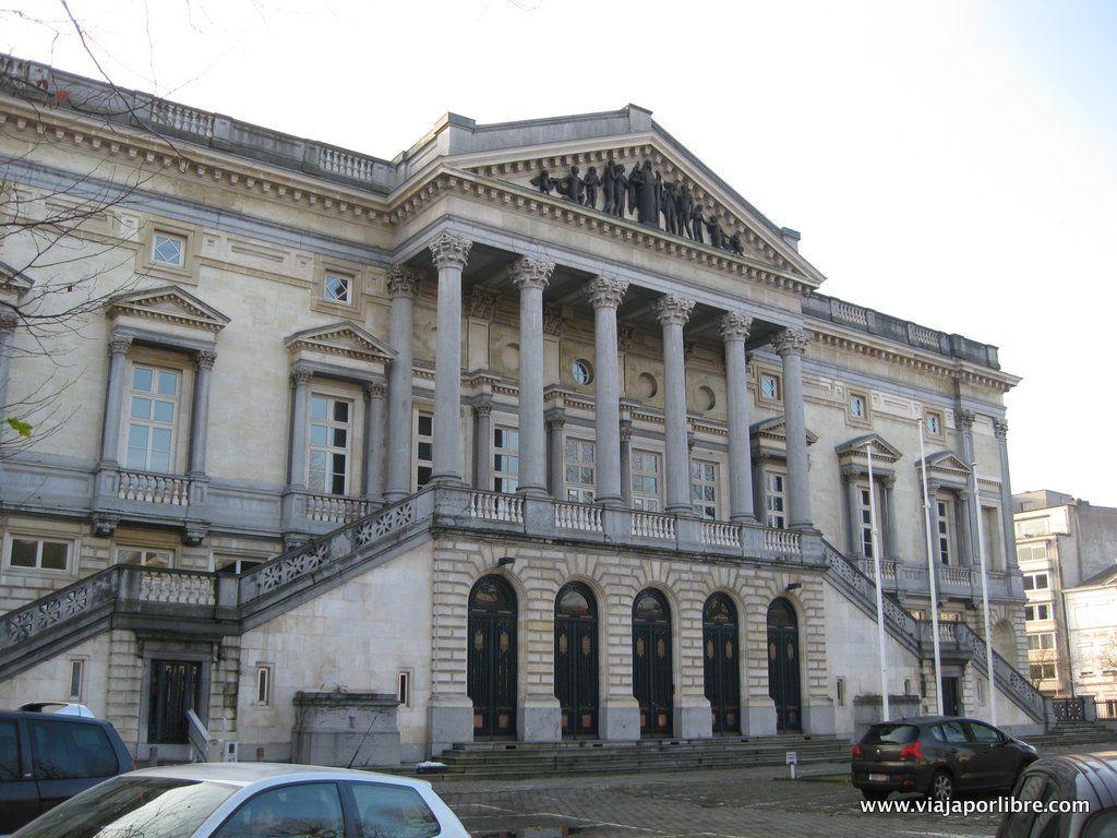 Palacio de Justicia (oud justitiepaleis)