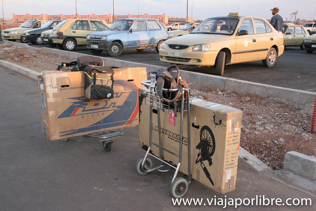 Día 0. Aeropuerto de Marrakech
