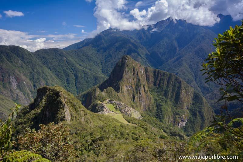 Vistas de Machu Picchu desde la Montaña