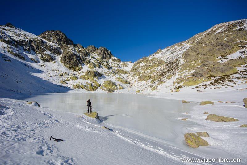 Laguna de los Caballeros - Covacha - Nieve en Gredos