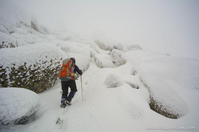 Ascensión al Pico Zapatero - Avila