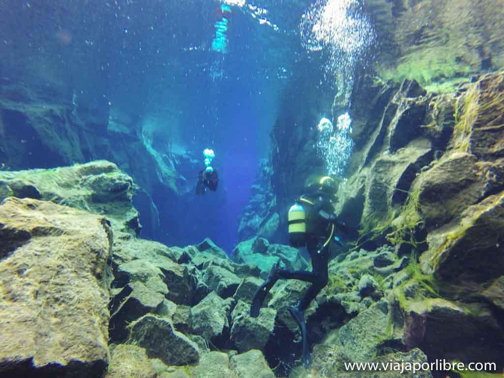 Bucear en Islandia