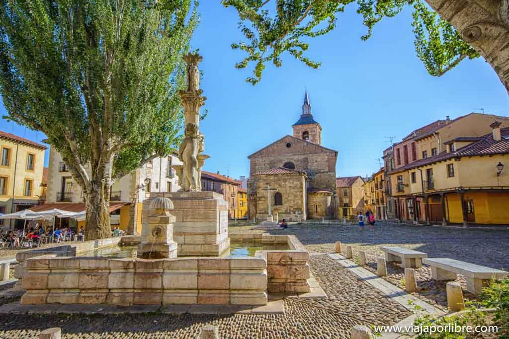 Plaza de Santa María del Camino. Que ver en León ciudad