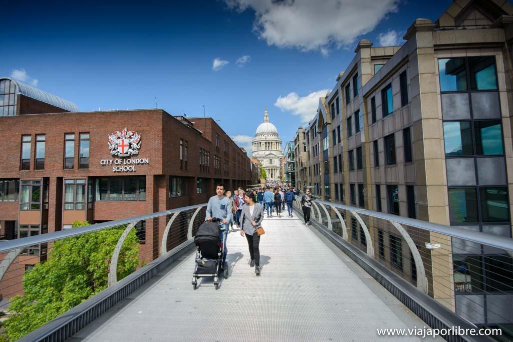 Los mejores museos de Londres - Millenium bridge