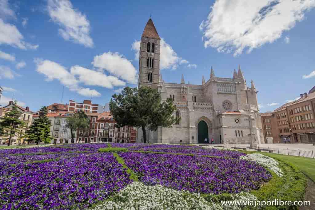 Valladolid - Iglesia de Santa María de la Antigua