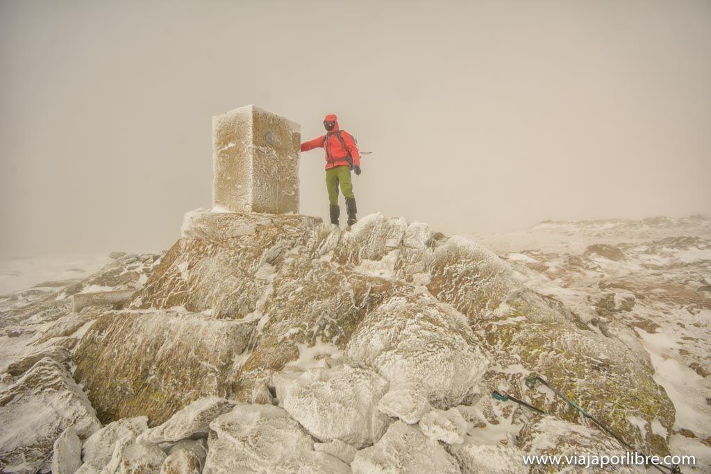 Ascensión al Pico del Nevero