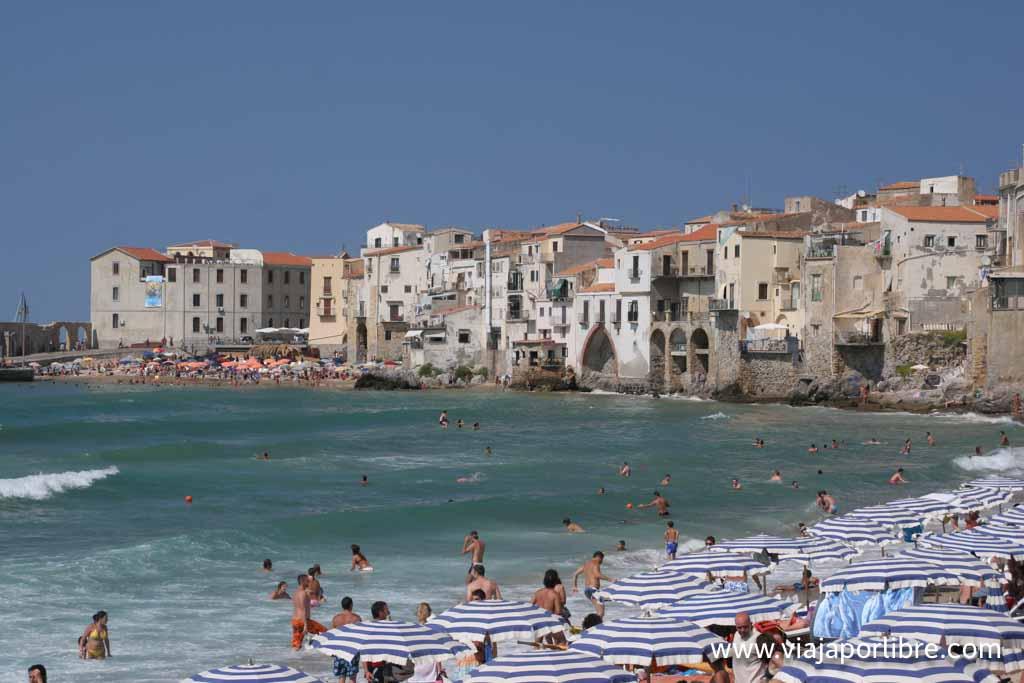 Cefalu, al norte de Sicilia