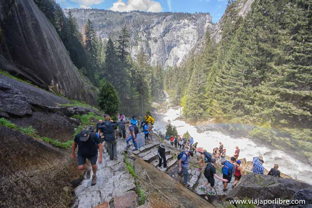 Vernal y Nevada Falls. Trekking en Yosemite National Park