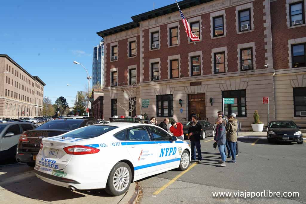 Comisaría de policía en el Bronx