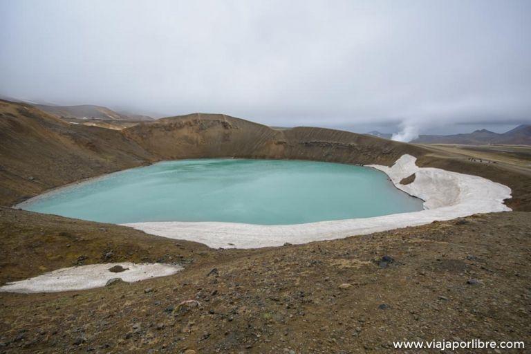 El asombroso crater de Viti en el volcán Krafla de Islandia