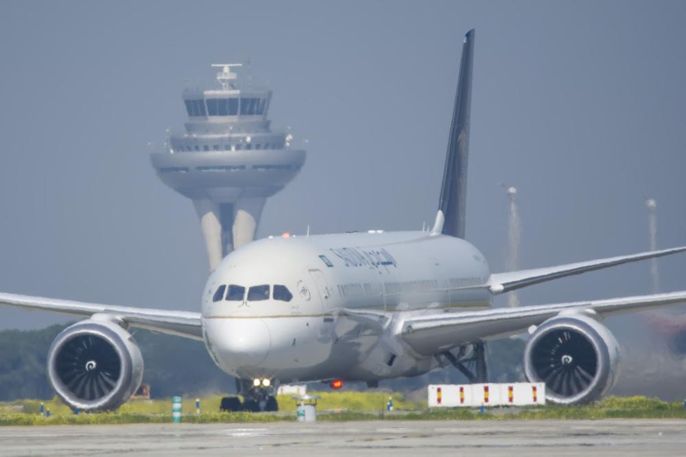 Un avión de Saudia en Madrid