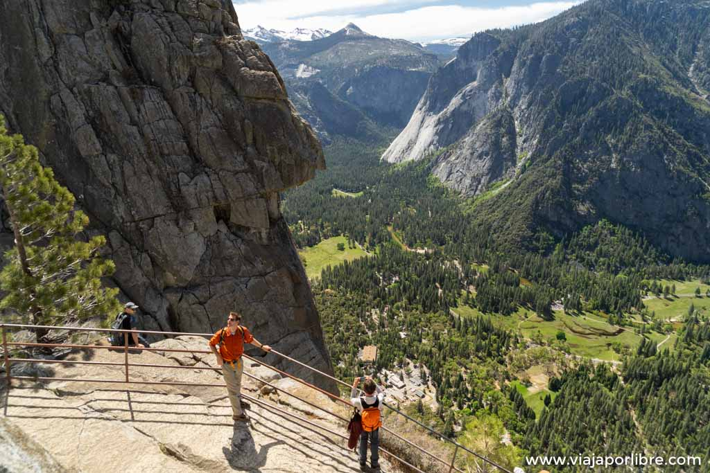 De ruta por Yosemite Falls Trail y Yosemite point
