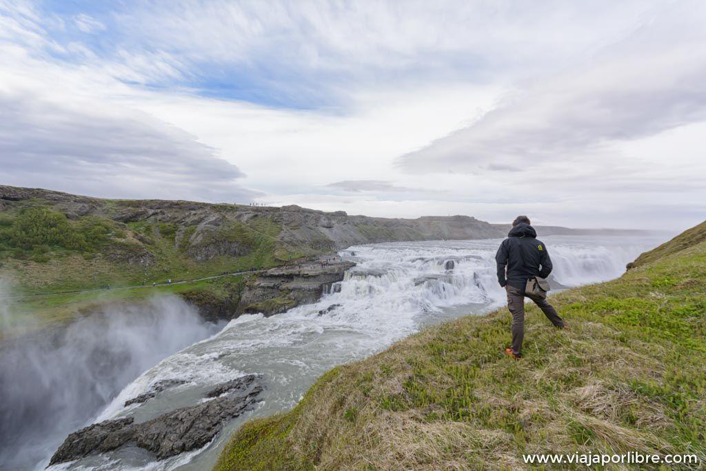 La cascada de Gullfoss en Islandia