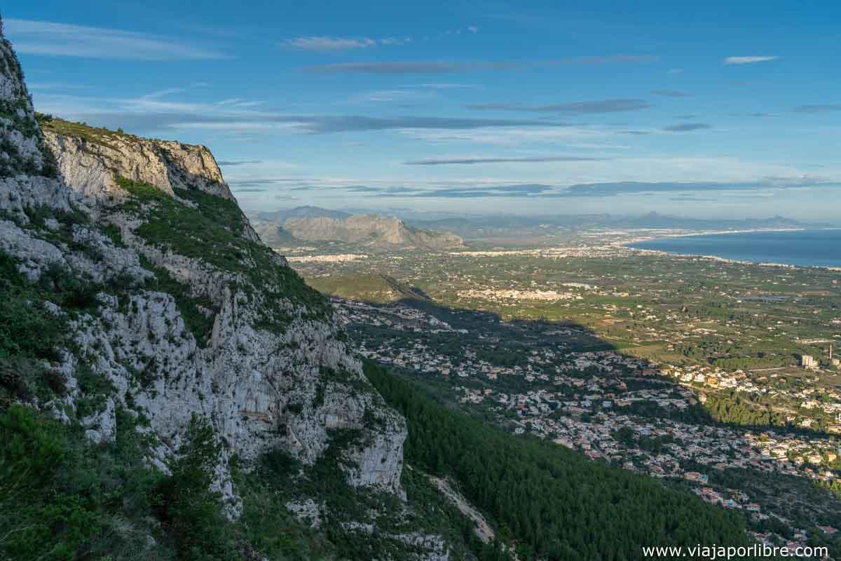 Camino al Montgó