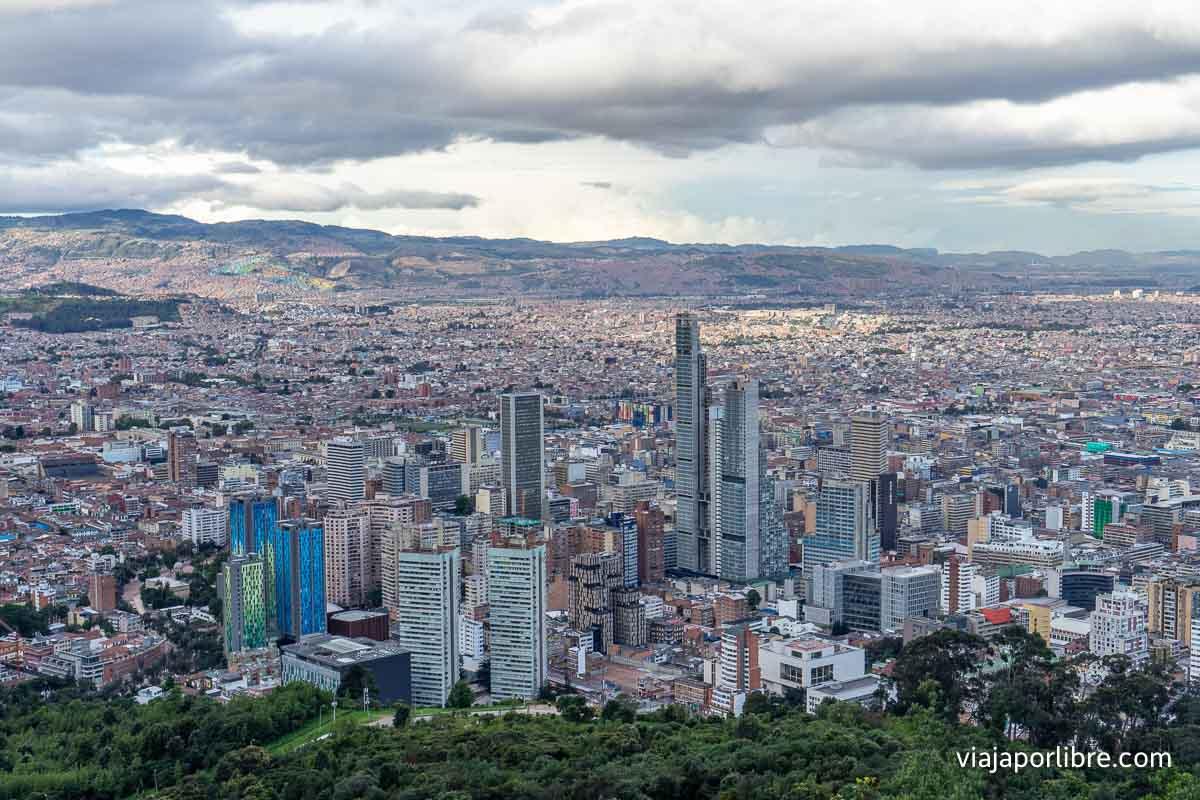 Vistas de Bogotá desde Montserrate