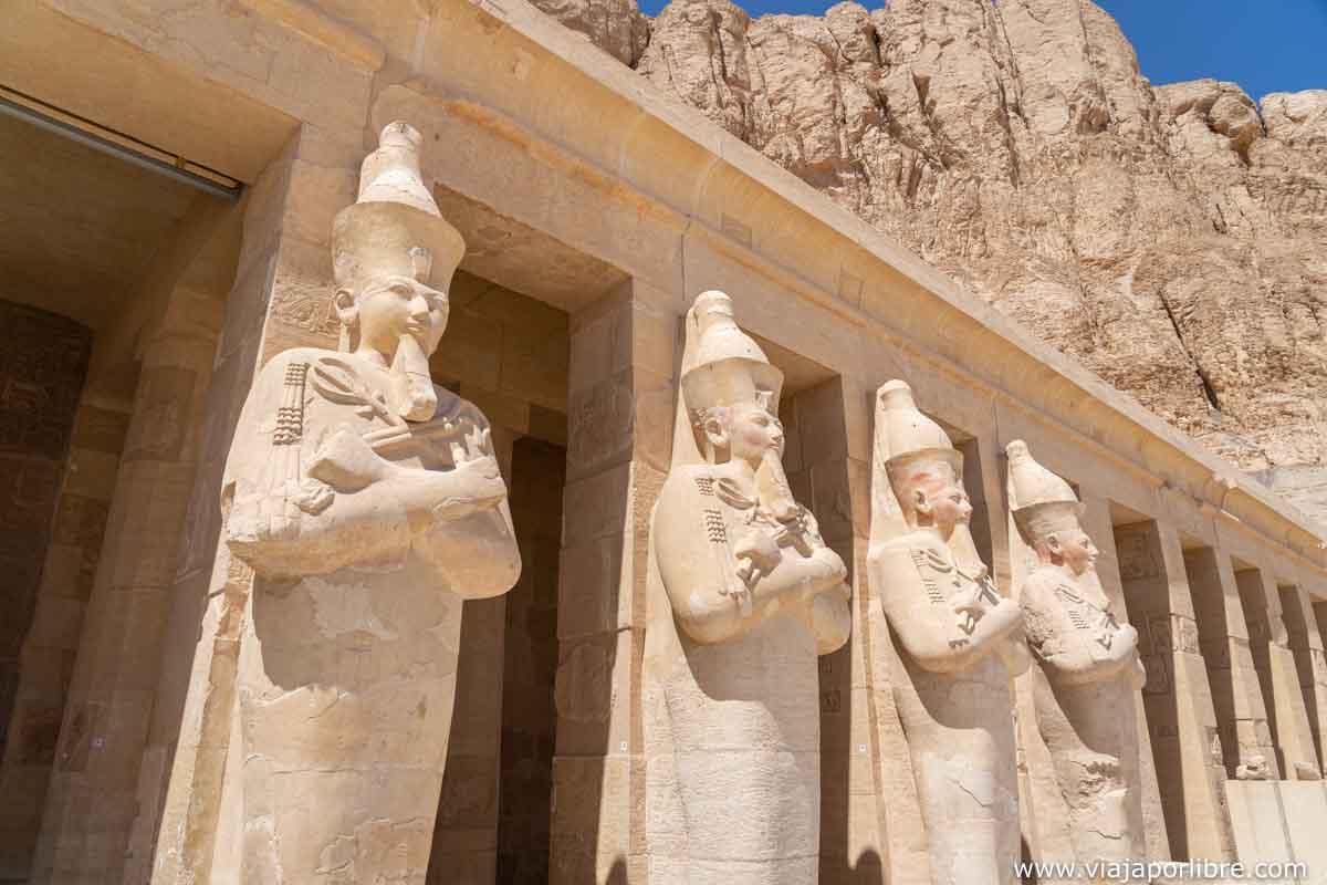 Estatuas en Hatshepsut