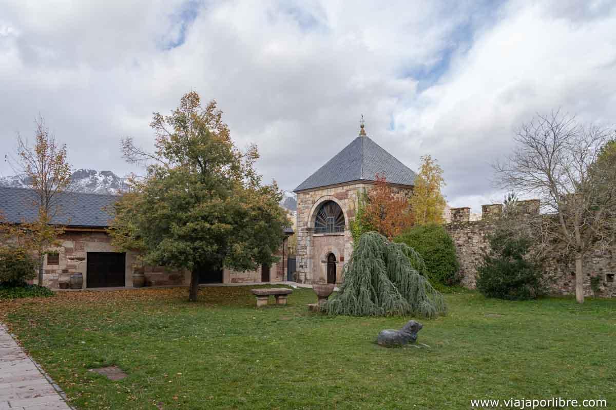 palacio de los Quiñones de Babia