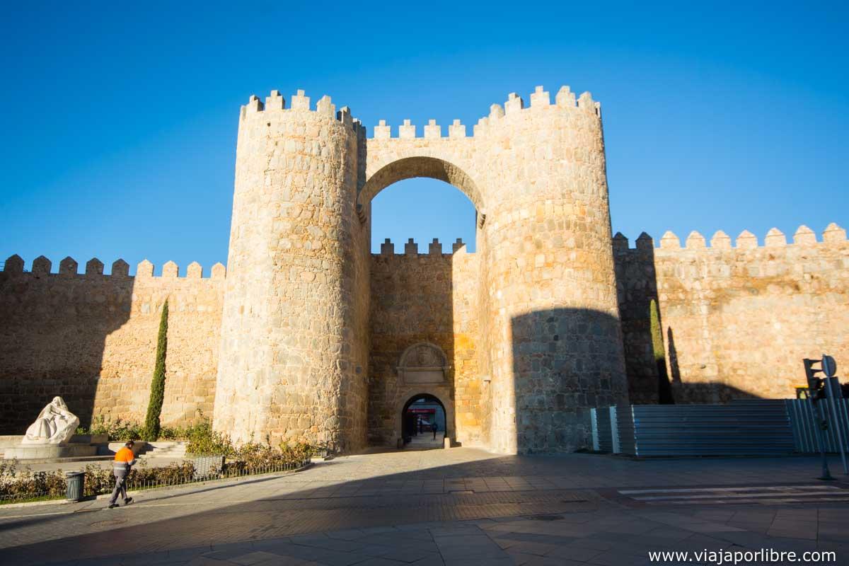 Puerta del Alcazar