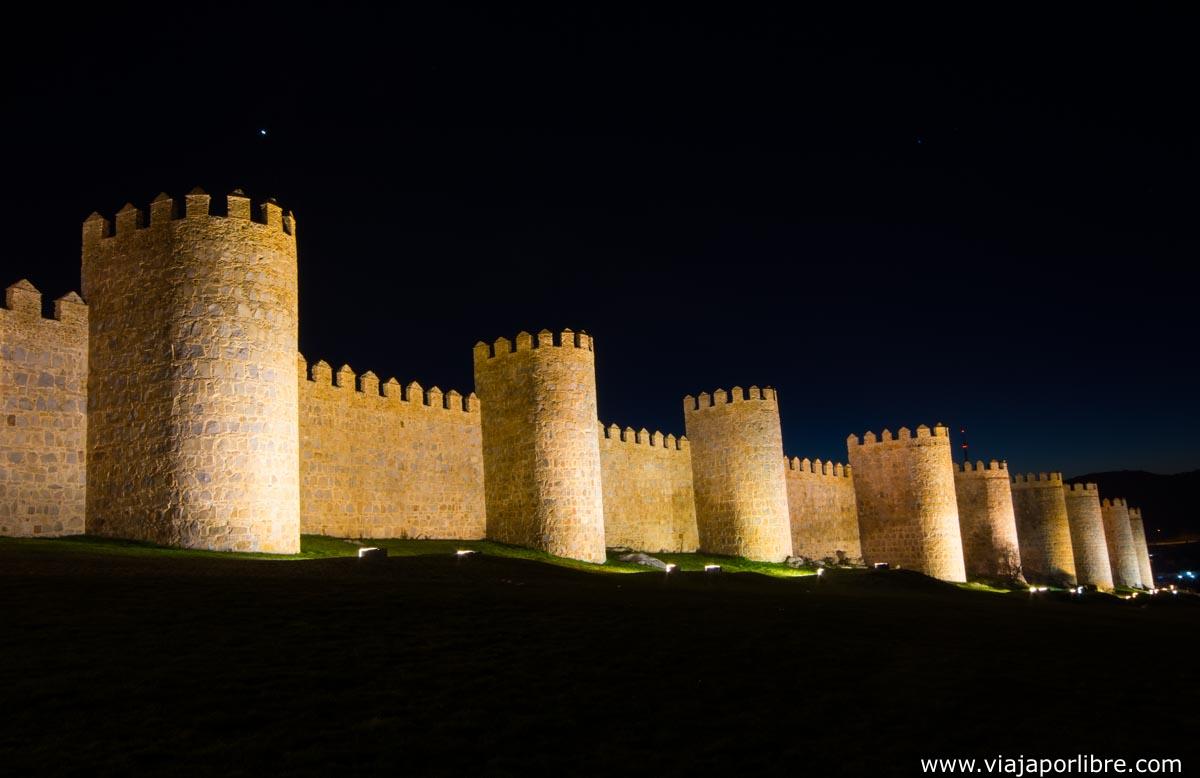 Muralla de noche