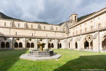 Visita al monasterio de Irantzu en Navarra