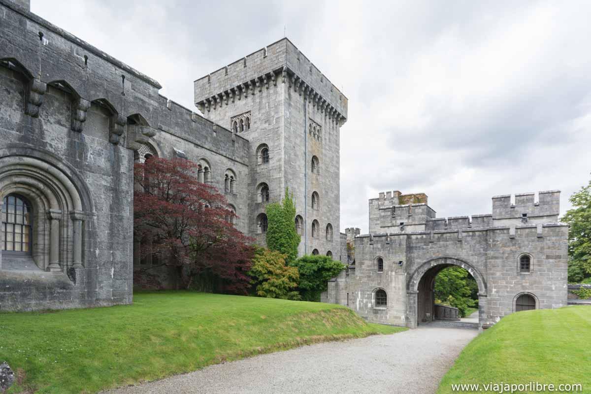El castillo o mansión