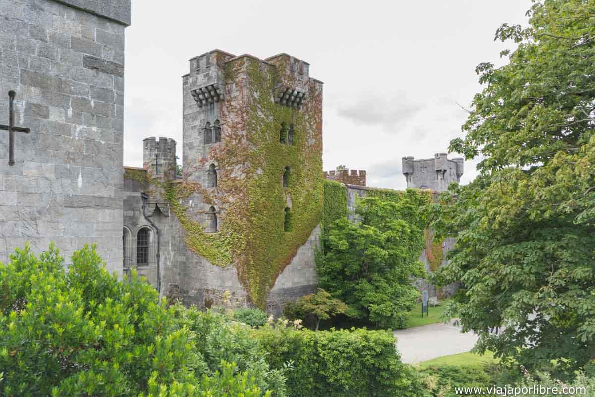 Llegando al castillo