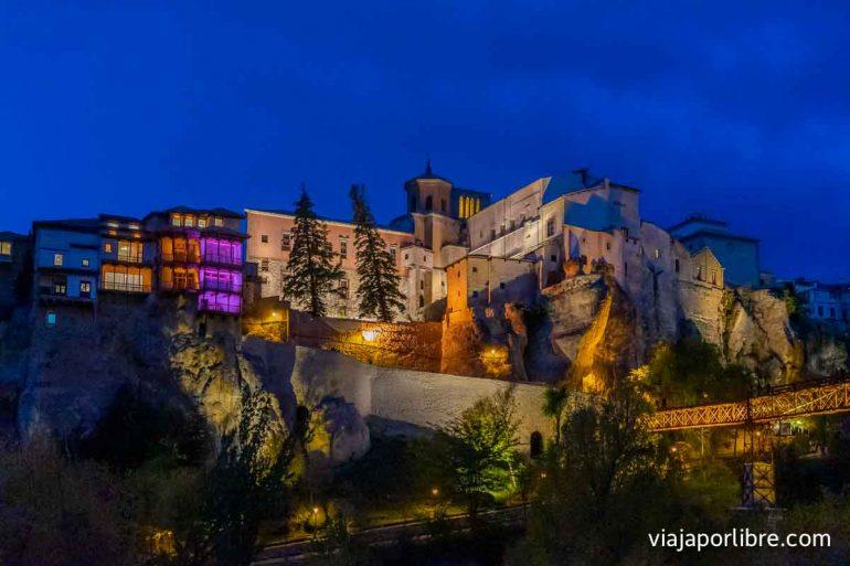 Cuenca por la noche