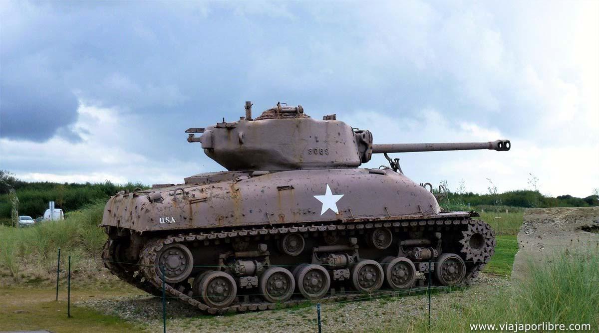 Tanque Sherman en Normandia