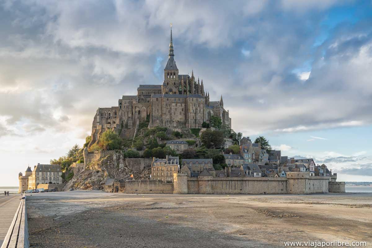 Mont Saint Michel a la tarde