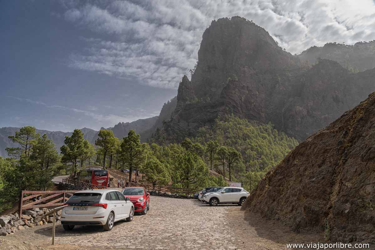Primer parking - Punta de los Roques al fondo