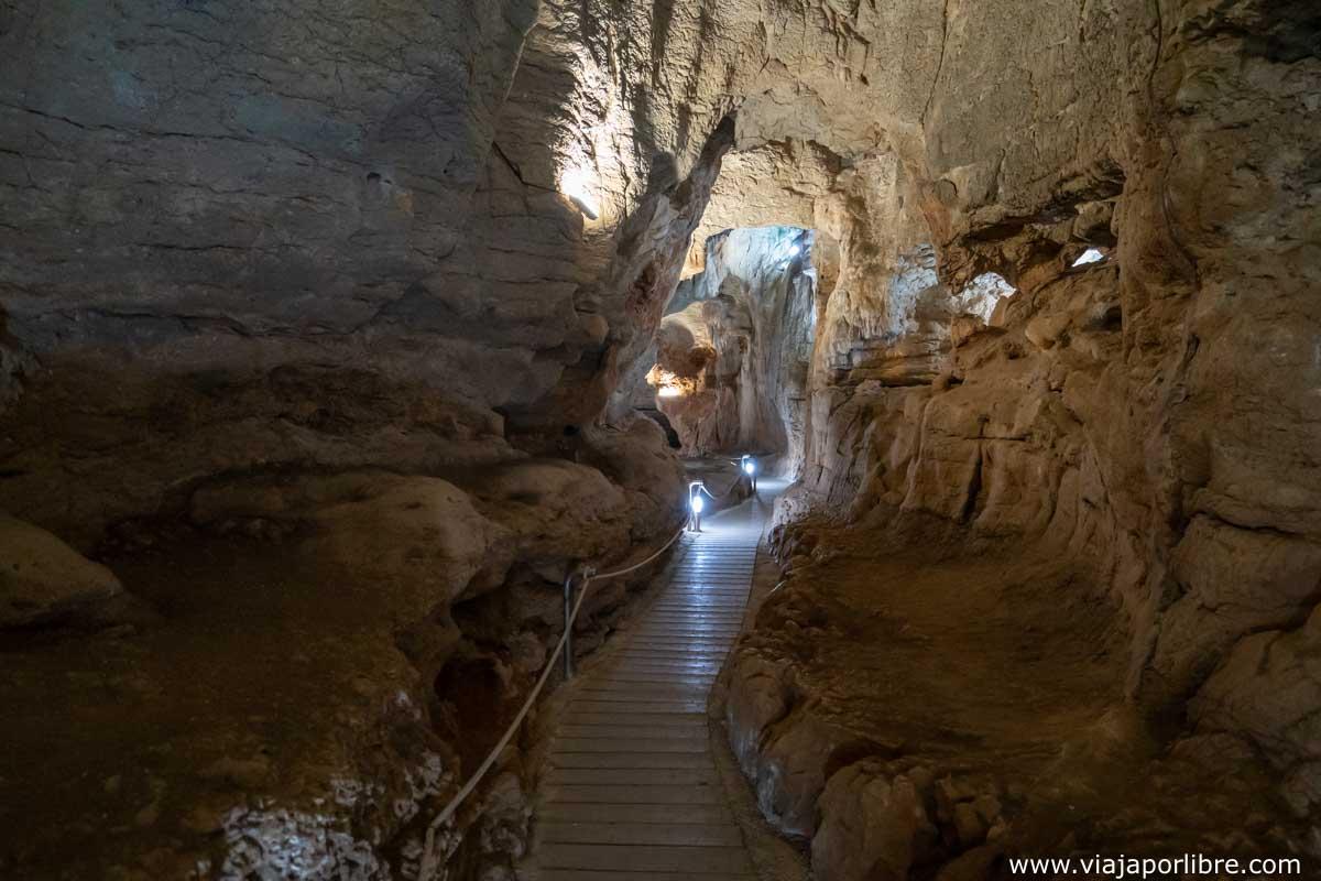 Pasillos de la cueva