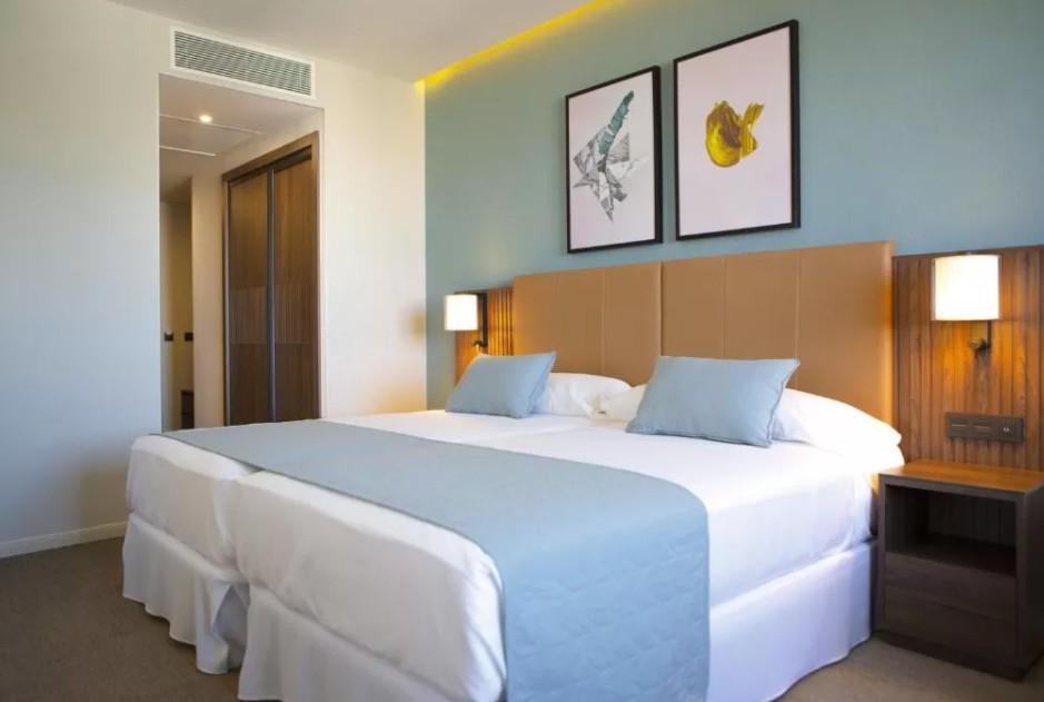 Habitación Hotel Riu Plaza España